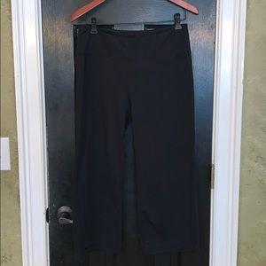 Black Capri leggings by Zella medium